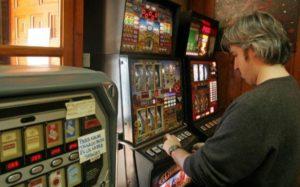 Cómo funcionan las máquinas recreativas para bares